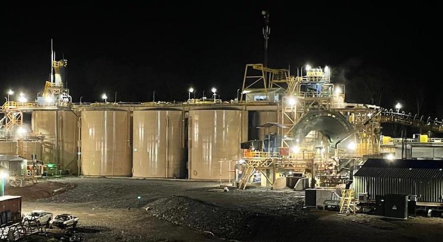 Gold processing plant at Okvau